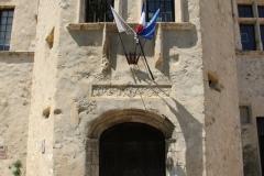 chateau-arnoux-le-chateau-entree