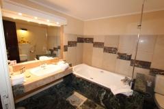la-bonne-etape-suite-bain