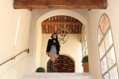 hotel-du-castellet-amelie-galerie-escalier-bottes-cuisses