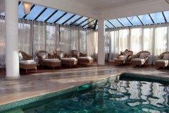 hotel-du-castellet-amelie-piscine-solarium