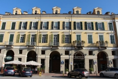 cuneo-piazza-galimberti-hotel-principe