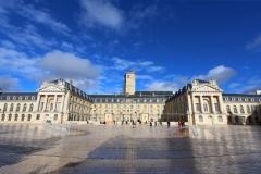 dijon-palais-des-ducs-de-bourgogne-jour