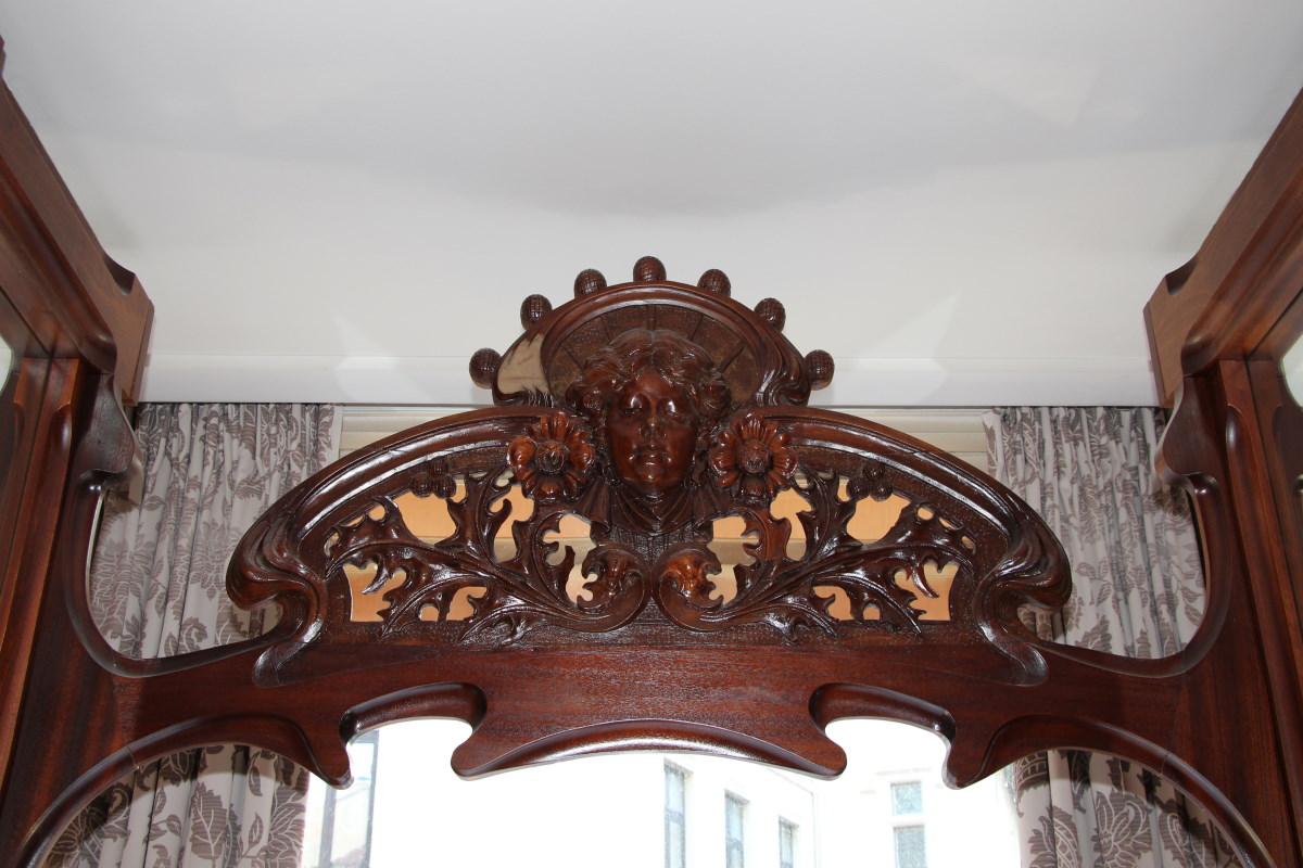 hiely-lucullus-salle-linteau