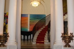 nice-negresco-escalier-salon