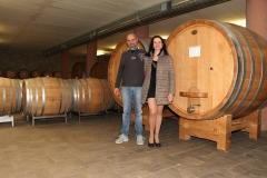 Gianpaolo Pira avec Amélie -dans sa cave à Serralunga d'Alba