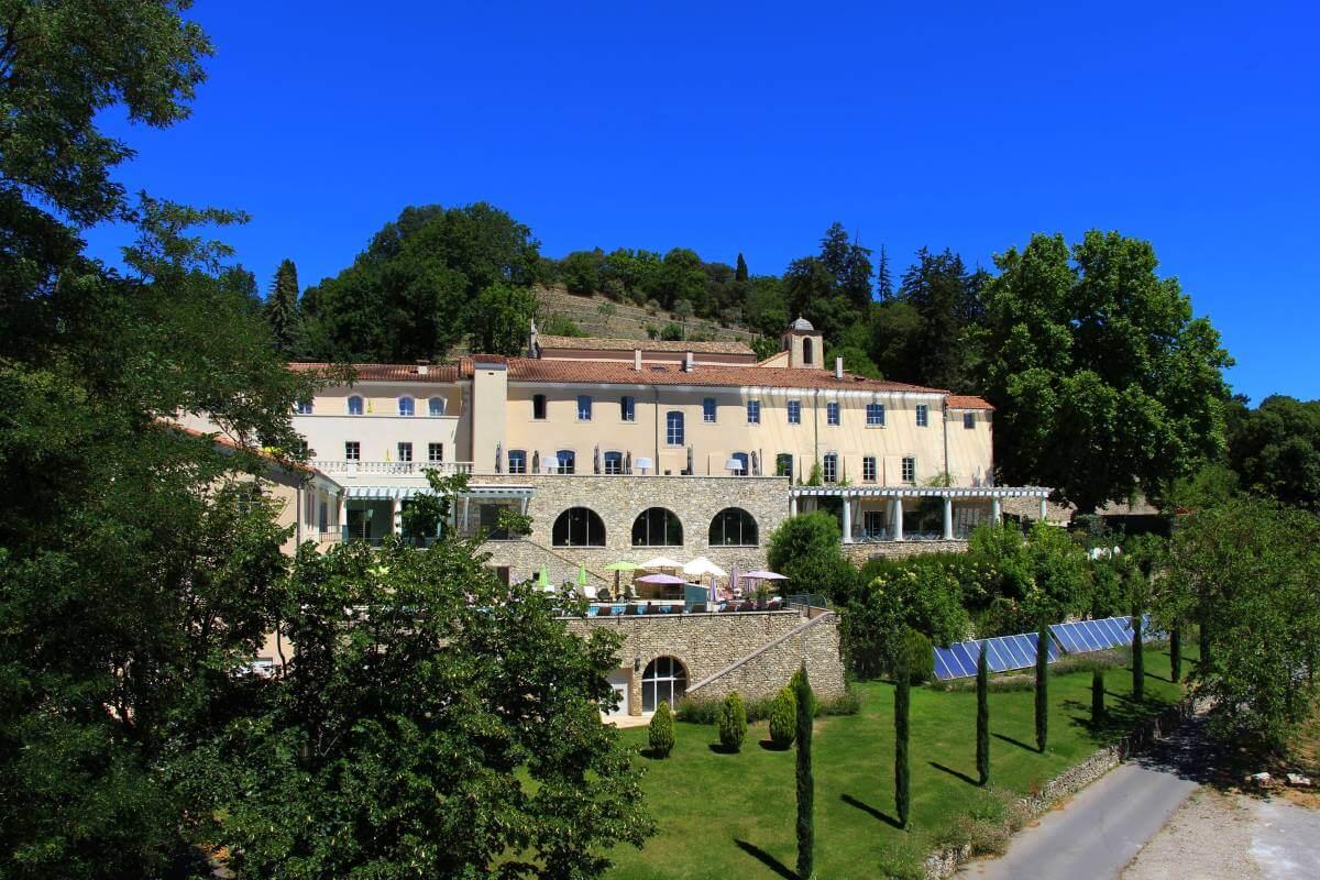 Haute Provence, Mane, Couvent des Minimes, l'Occitane en Provence.