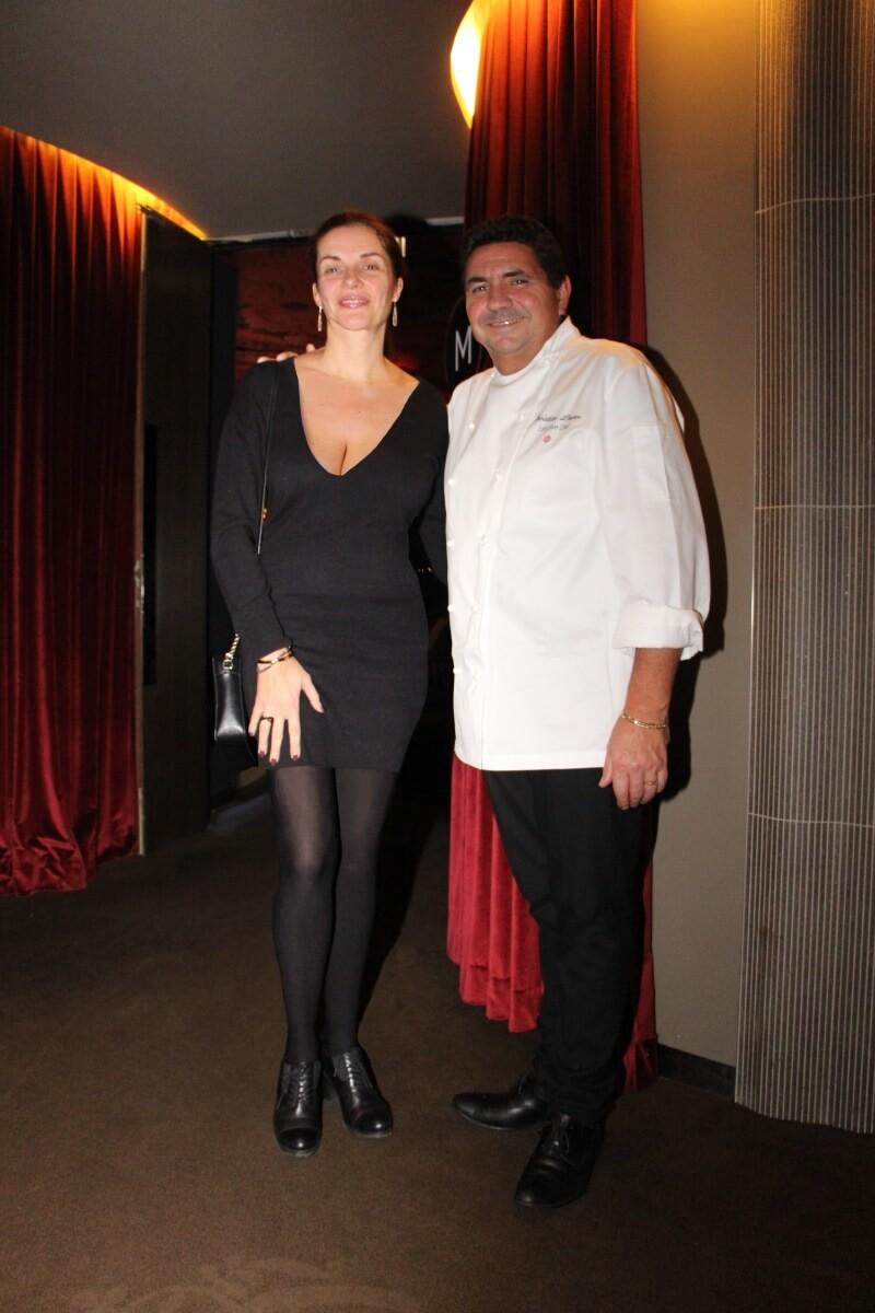 Europe, France, Lyon, restaurant Les Trois Dômes, Christian Lherm, gastronomie française, Amélie., décolleté.