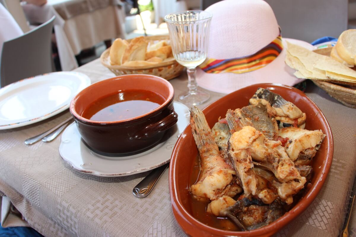 Italie, Sardaigne, Castelsardo, Niccolo Pinna, zuppa di pesce.