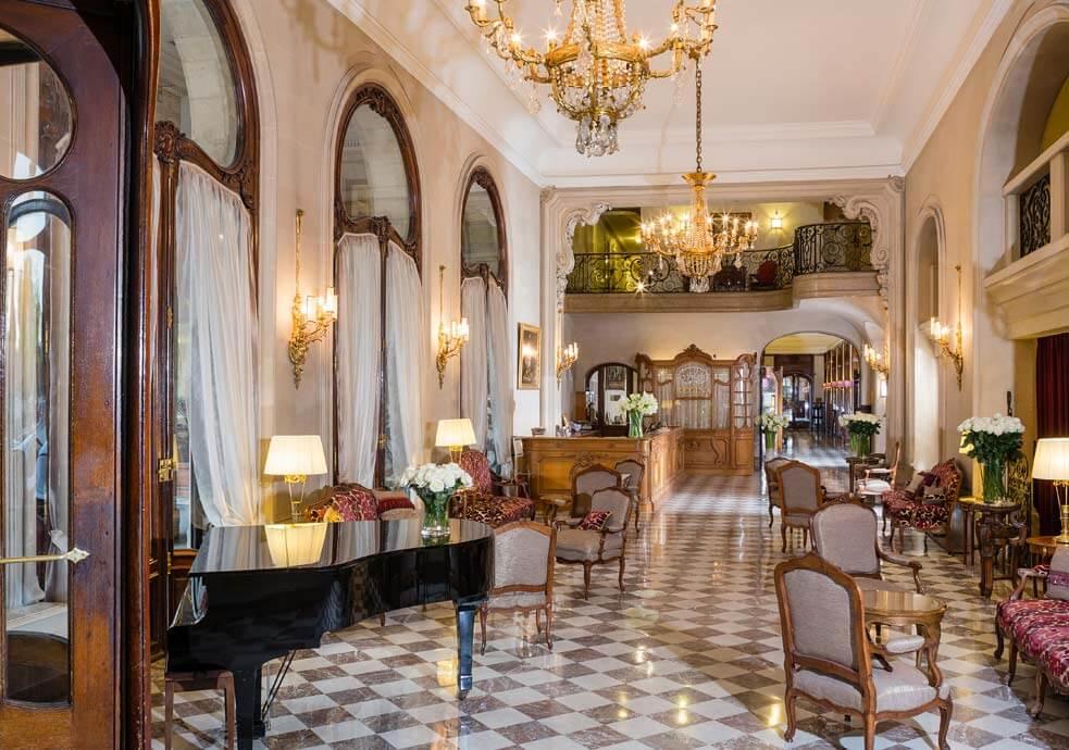 France, Paris, palace hôtel Le Régina, Art Nouveau.